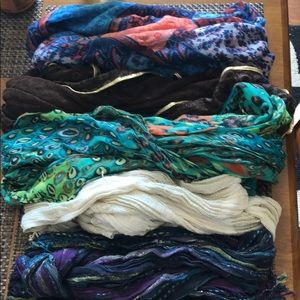 Accessories - Variety of scarves!